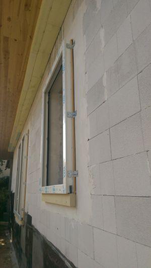 Falon-kívüli-nyílászáró2